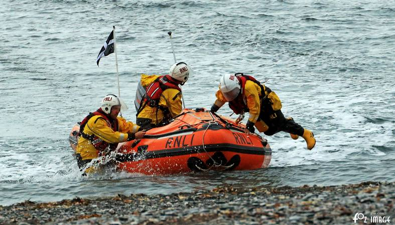 28 June 2017 - Looe RNLI Training with RNLI Lifeguards on Seaton beach © Ian Foster / fozimage
